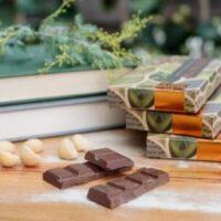 Macadamia & Lemon Myrtle Milk Chocolate